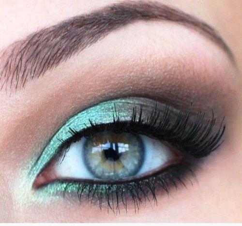Бирюзовый цвет глаз