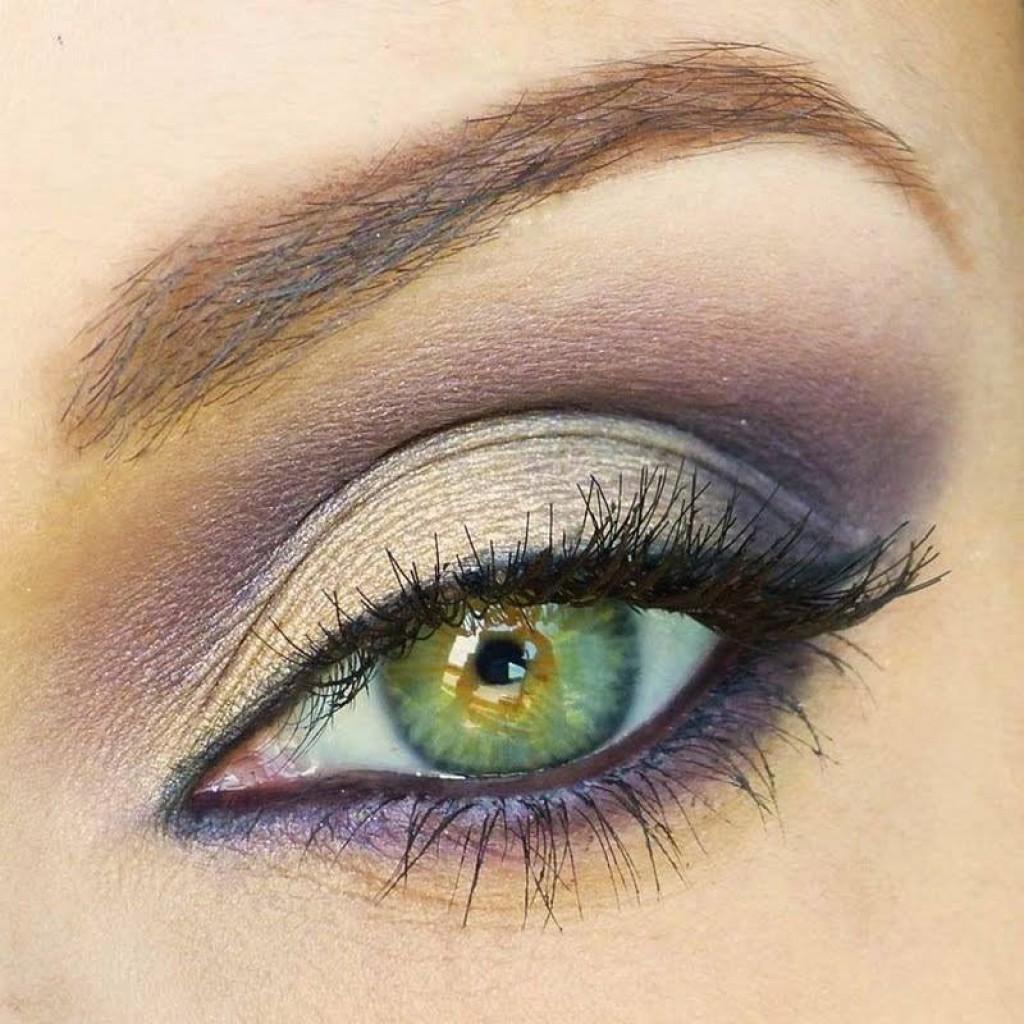 Светло-зеленый цвет глаз